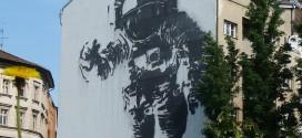 Streetart in Kreuzberg - Raumfahrer