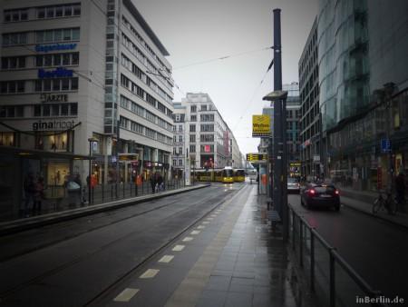 Berliner Winter (mal ohne Schnee) an der Friedrichstraße